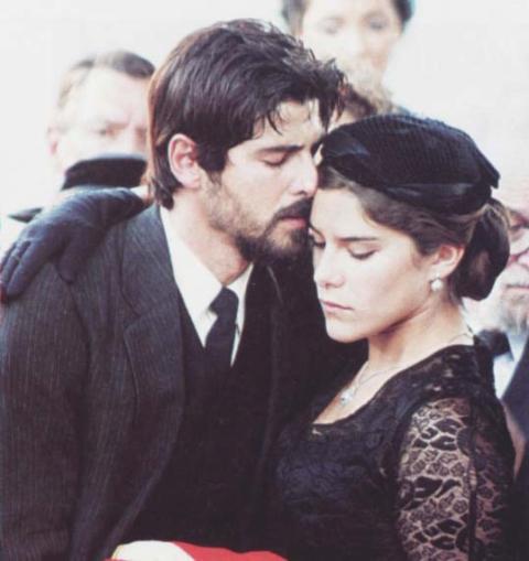 """Reynaldo Gianecchini e Priscila Fantin foram os protagonistas de """"Esperança"""", interpretando Tony e Maria, respectivamente / Arquivo GB Imagem"""