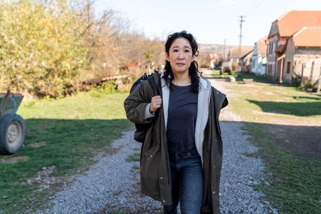 . A trama gira em torno de Eve (Sandra Oh), uma agente secreta que fica obcecada em conseguir capturar uma misteriosa assassina / GB Imagem