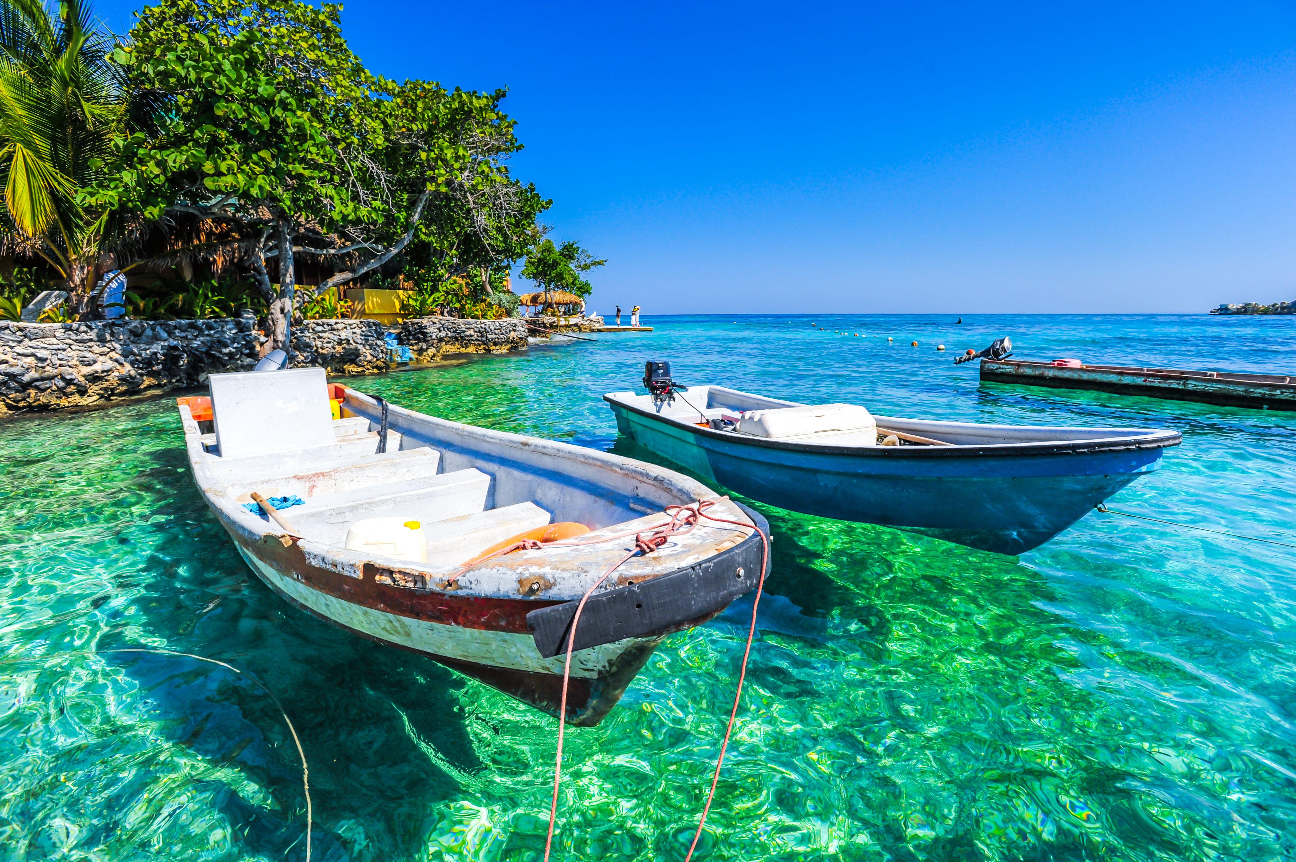 Cartagena é banhada pelo Mar do Caribe e encanta por seu rico passado; é considerada Patrimônio da Humanidade / GB Imagem