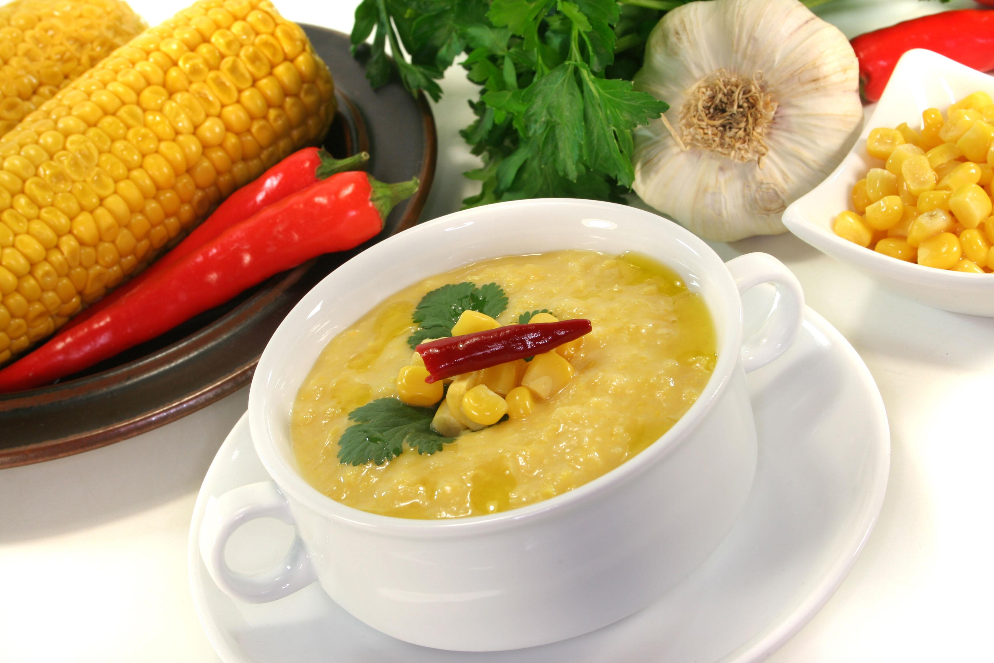 Sopa Cremosa de Milho promete agradar. Bom para o jantar! / GB Imagem