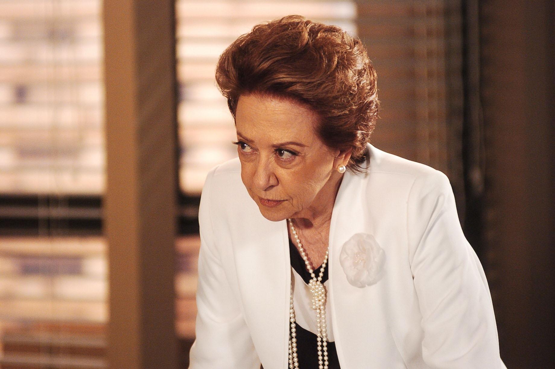 Fernanda Montenegro interpretou Bia Falcão, a matriarca da família Assumpção. Na verdade, uma mulher má e calculista, capaz de simular a própria morte / Arquivo GB Imagem