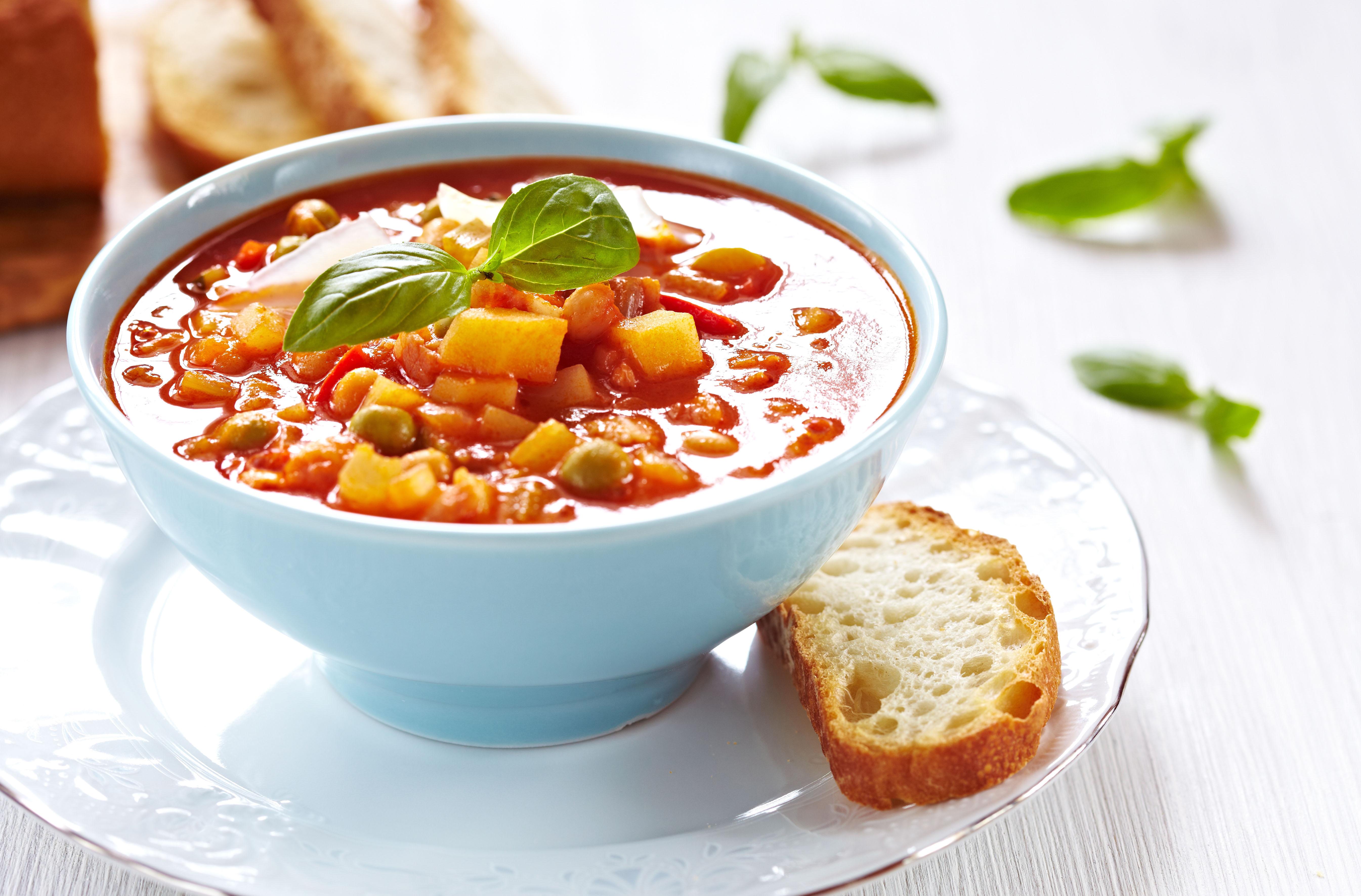 O Ministrone é a cara da mesa brasileira, apesar de ser de origem italiana. É um prato super nutritivo / GB Imagem