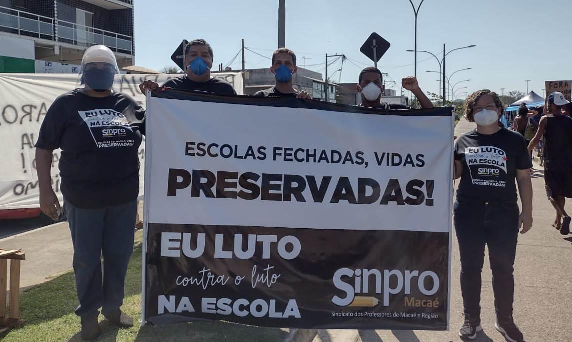 Sinpro Macaé e Região faz ato simbólico em Rio das Ostras contra retorno das aulas - Divulgação/Sinpro