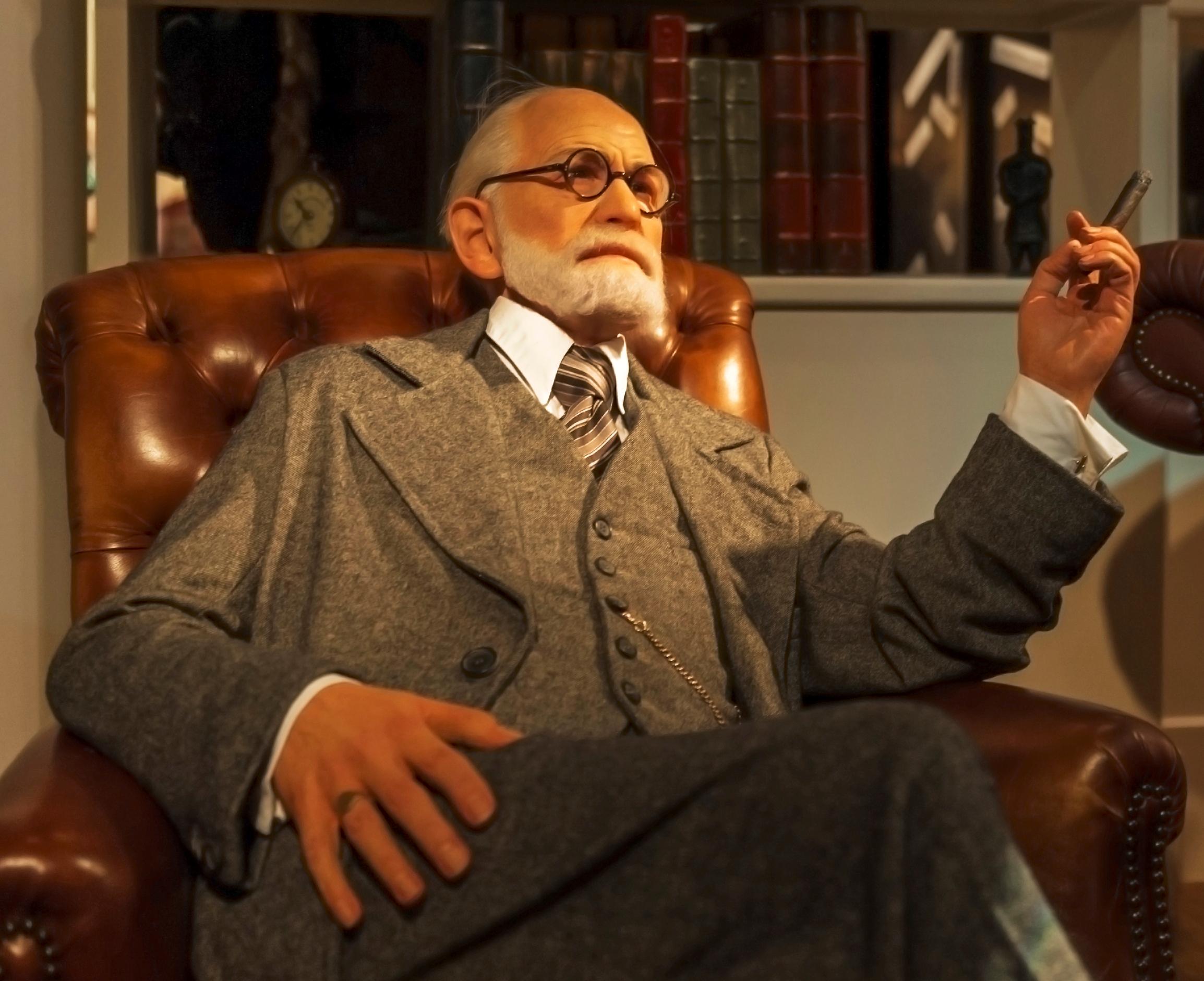 Uma das teorias mais importantes de Sigmund Freud é a relação dos desejos e das condutas reprimidas com o comportamento sexual, que se origina antes da Primeira Infância, afetando a conduta posterior