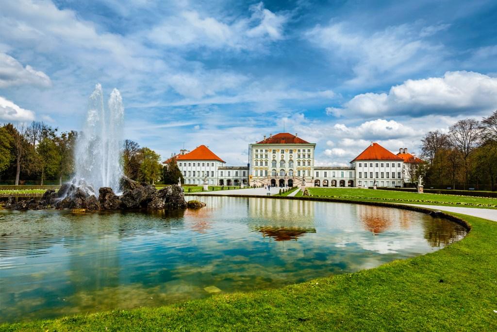 O Palácio Nymphenburg, que serviu de residência de verão para os monarcas que governaram a Baviera é um dos destaques de Munique / GB Imagem